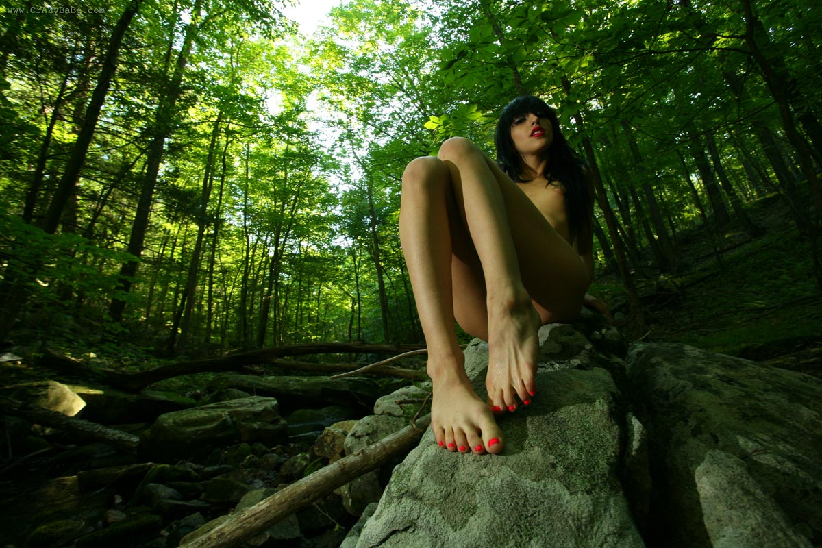 naked white girls in the woods