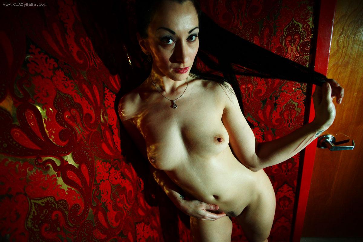 naked busty beautiful women